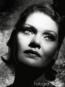 Louise Åberg - dans och musikal artist. Undervisar i dans, sång & musikal